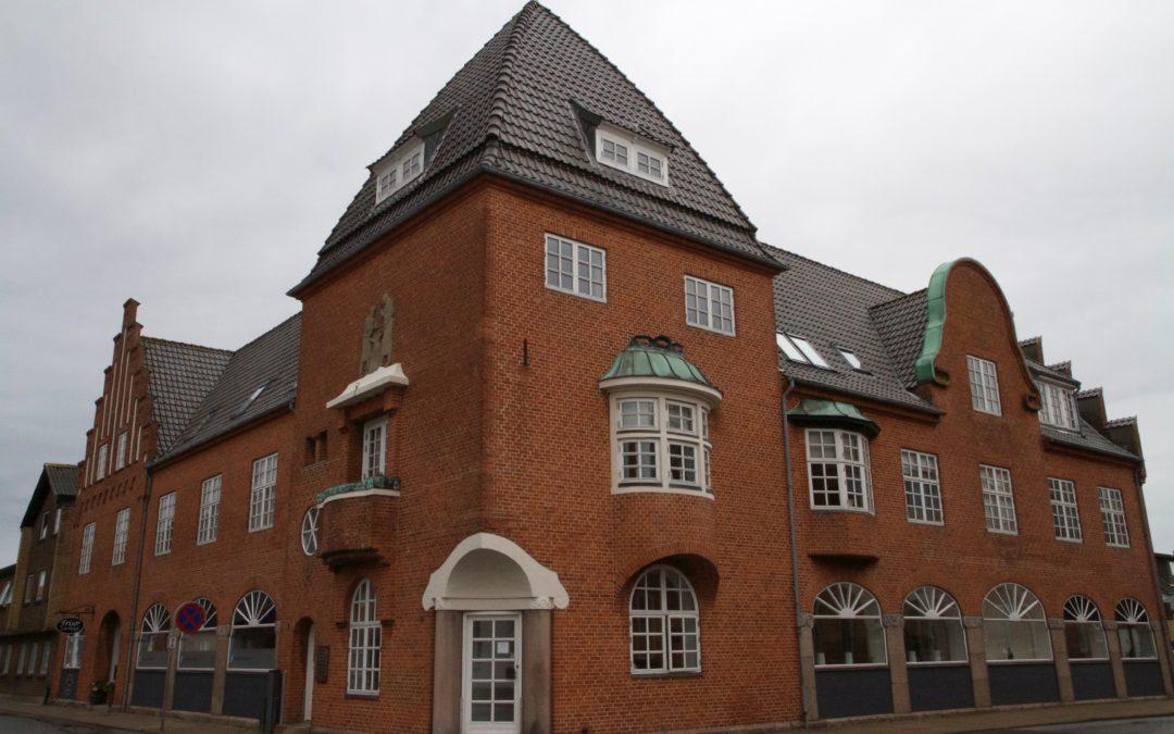 Lys lejlighed med nyere køkken og bad i Løgstør – Rådhusgade 8 1. sal