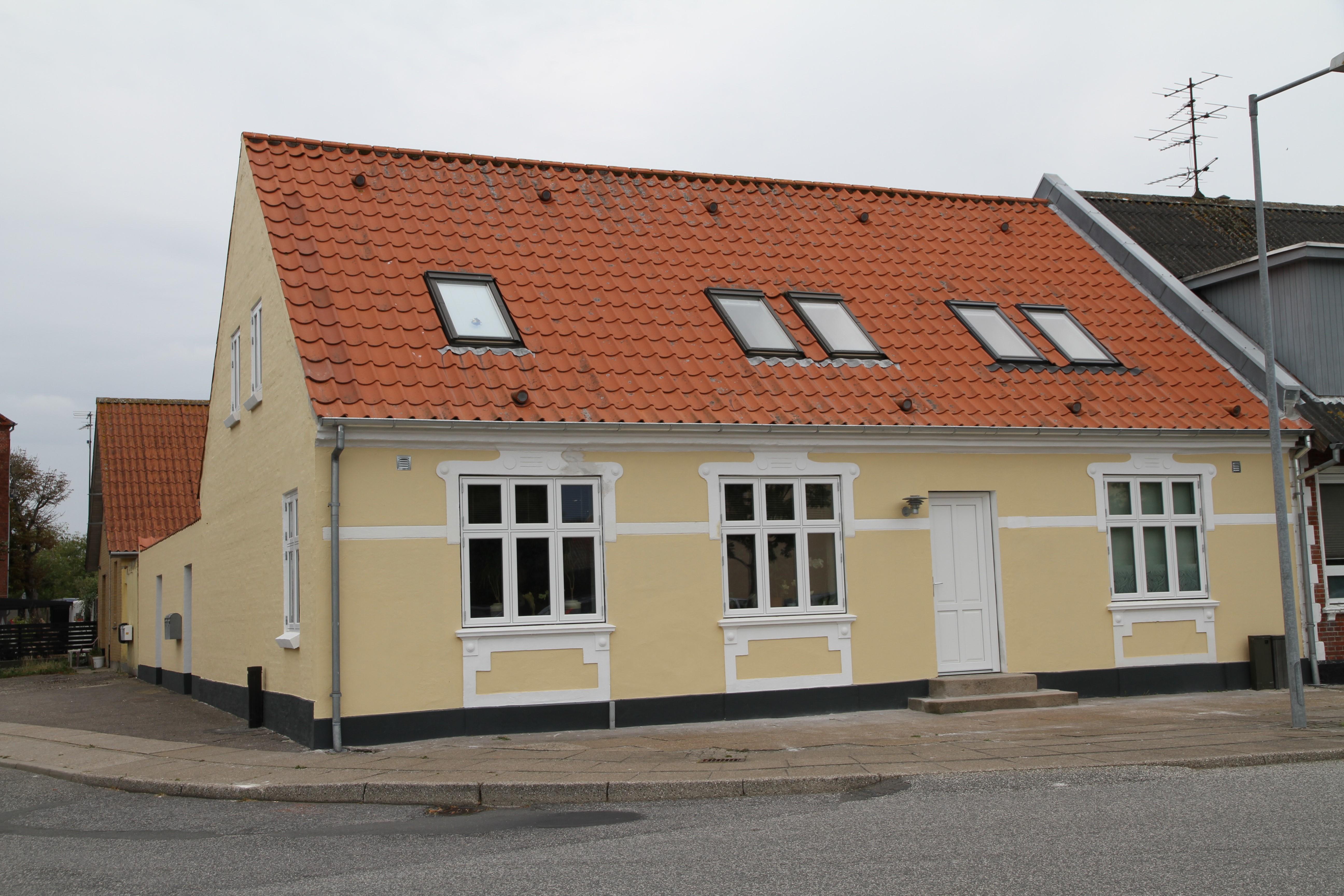 Veggerby Ejendomme - Raadhusgade 27 - Loegstoer